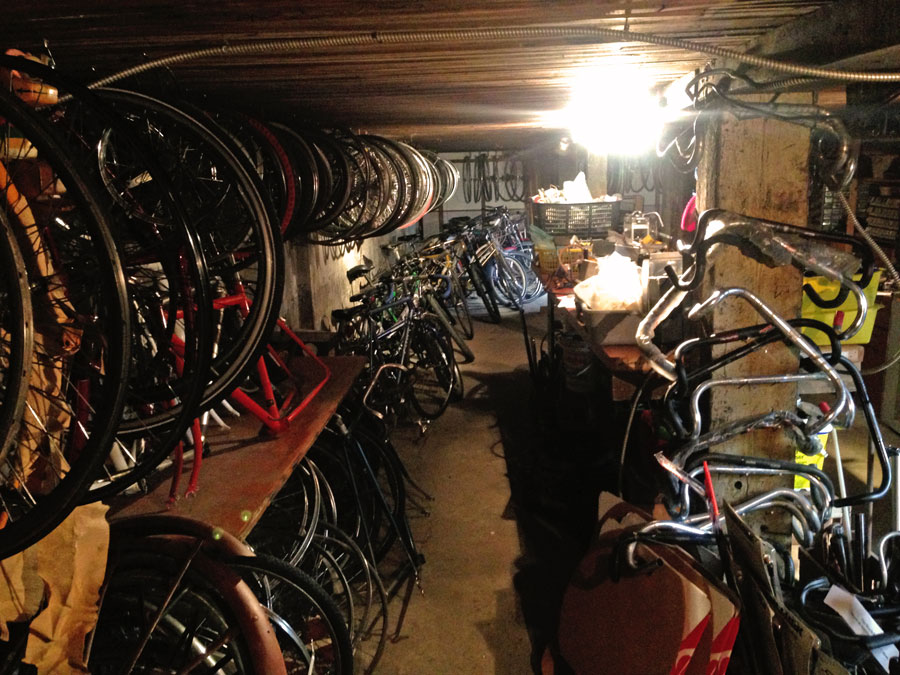 Rat-Rod-bikes_106-Supply-Room